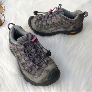 Keen Alamosa Hiking Shoes Gray Pink Girls Size 1